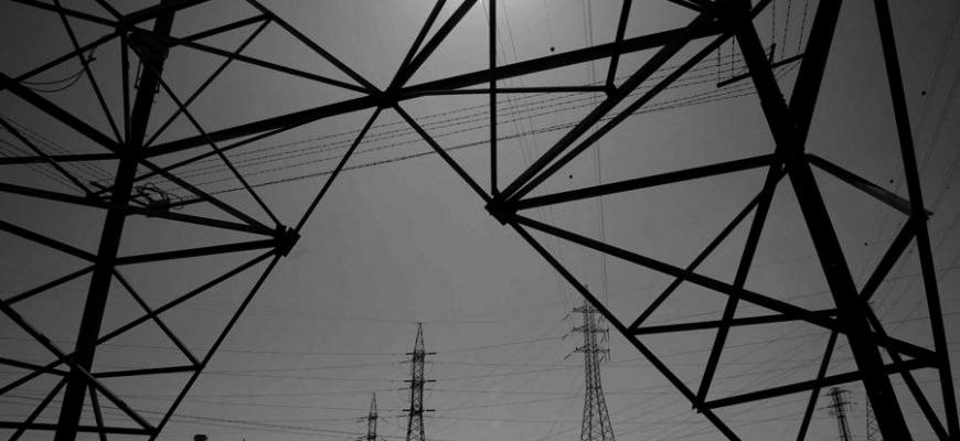 España y Francia subastan el intercambio de electricidad para 2017