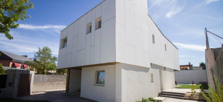 """Auge de las casas pasivas en España: """"Ahorramos un 80% en la factura de la luz"""""""
